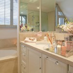 bathroom2<br /><p>This Bathroom is a balance of sophistication and simplicity, reflecting life and light with mirrors.</p>