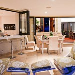 Outdoors-3<br /><p>This Bar links both the formal and outdoor entertainment areas.</p>
